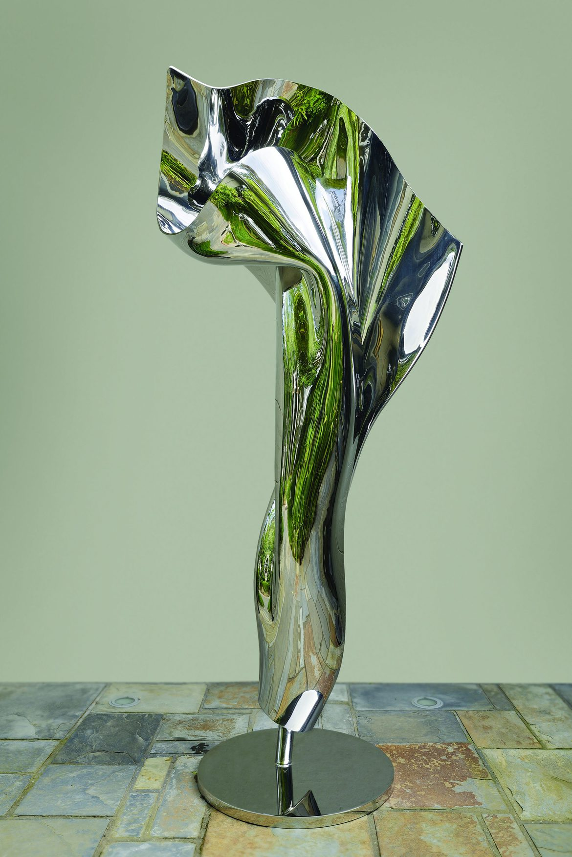 'Tessera 0', 2019, stainless steel, 215 x 93 x 61 cm, edition 1 of 7 + 1AP